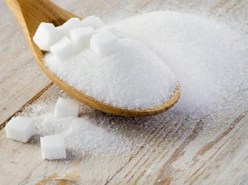 Удобрение для комнатных растений из цитрусовых. Сахар Пожалуй, самое популярное натуральное удобрение для подкормки комнатных цветов — обыкновенный сахар. Да-да, именно сахар, я не оговорилась!