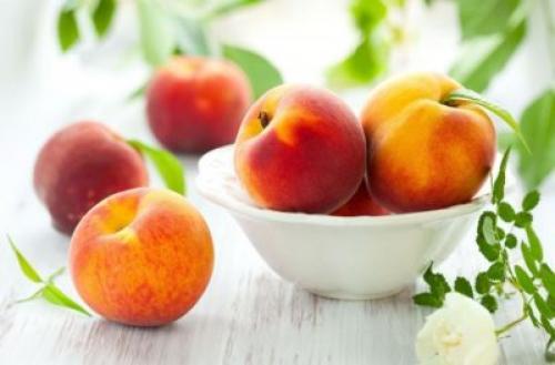 Как дозреть персики. Как сделать так чтобы персики быстрее дозрели дома?
