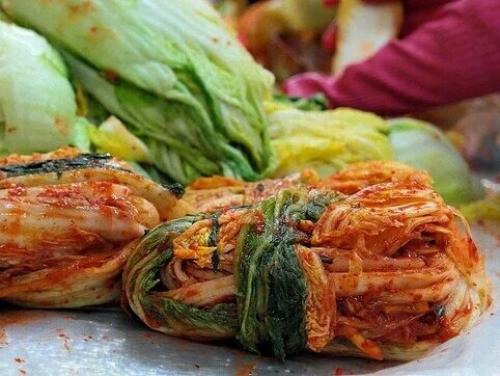 Как засолить капусту пекинскую. Та самая капуста кимчи, простой и вкусный рецепт пошагово (классический)