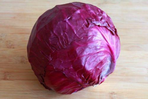 Как солить краснокочанную капусту. Полезные свойства краснокочанной капусты