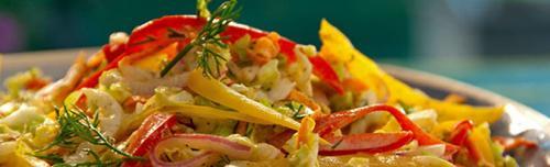 Салат из пекинской капусты диетический. Диетический салат из пекинской капусты — лучшие рецепты. Готовим низкокалорийные блюда